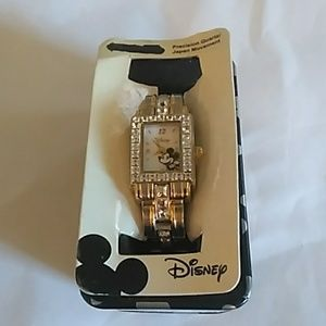 Disney mickey mouse watch no battery